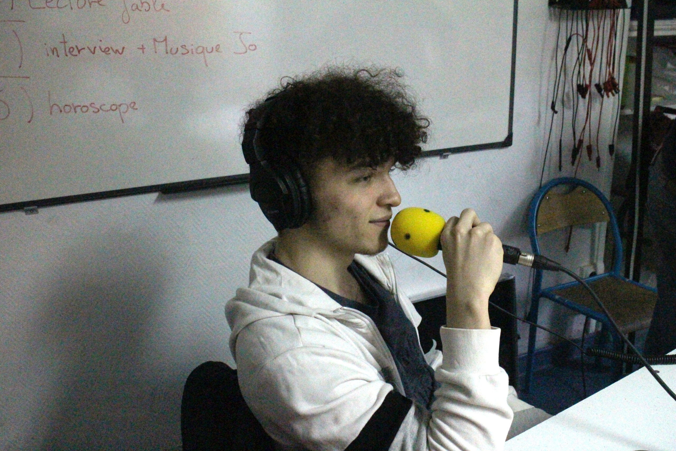 Youn au mic