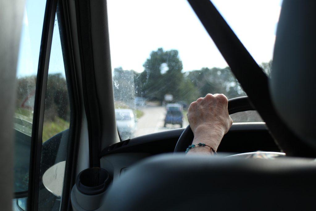 départ en voiture
