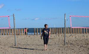 Alexandre pensif sur la plage